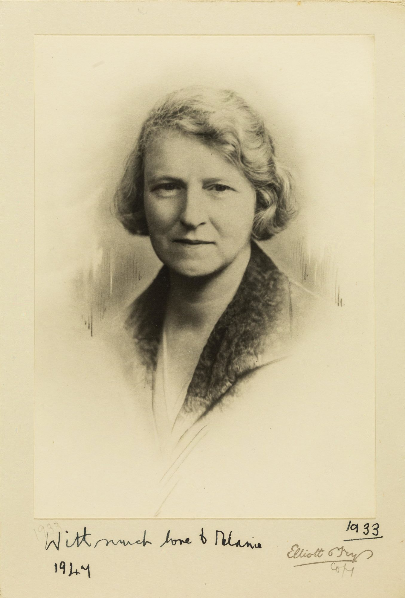 Photograph of Susan Isaacs in 1933