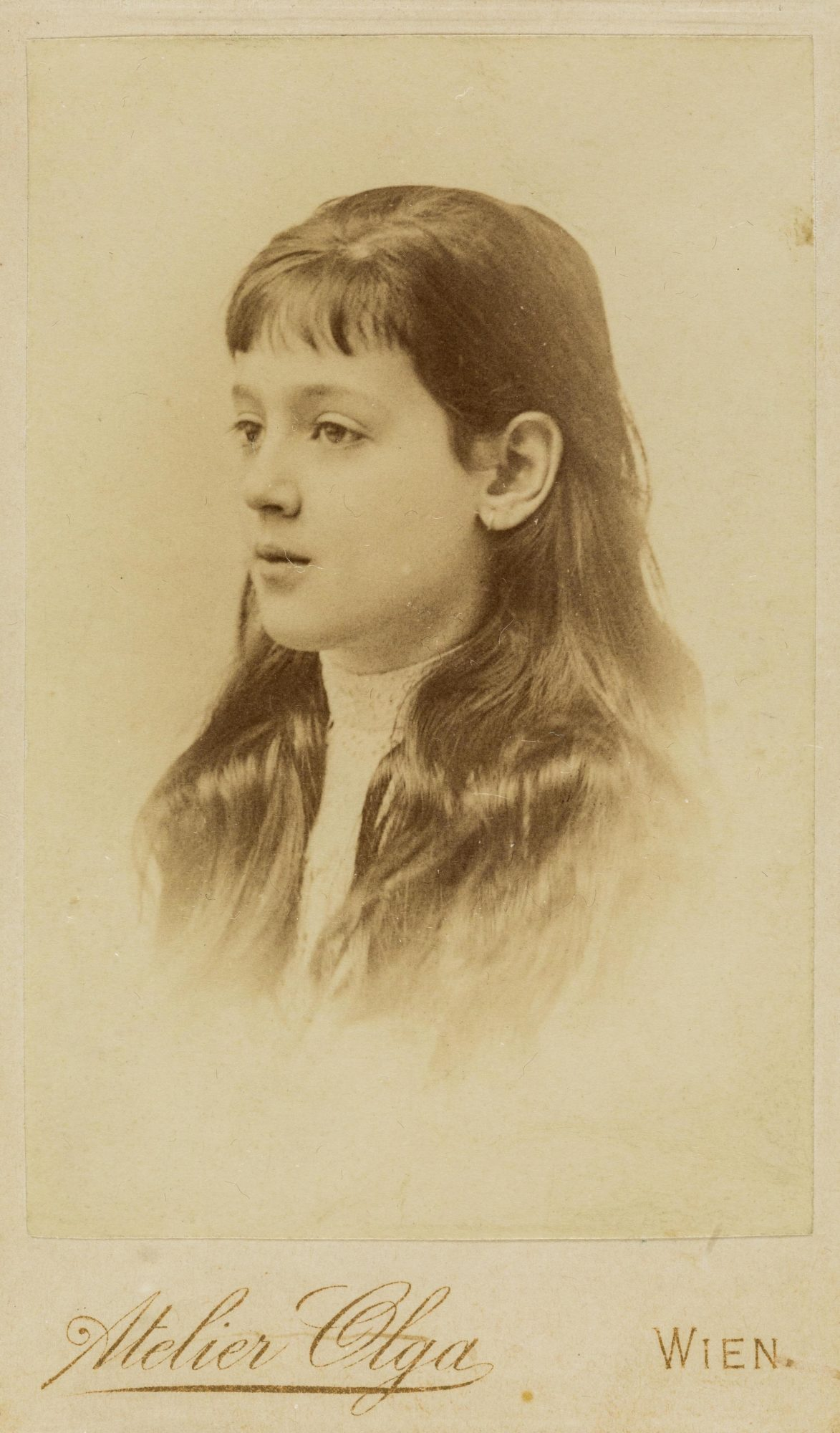Photograph of Melanie Klein aged 7 or 8