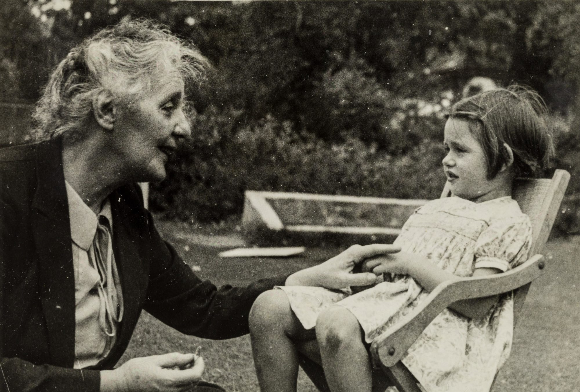 Photograph of Melanie Klein with her granddaughter Diana, around 1945
