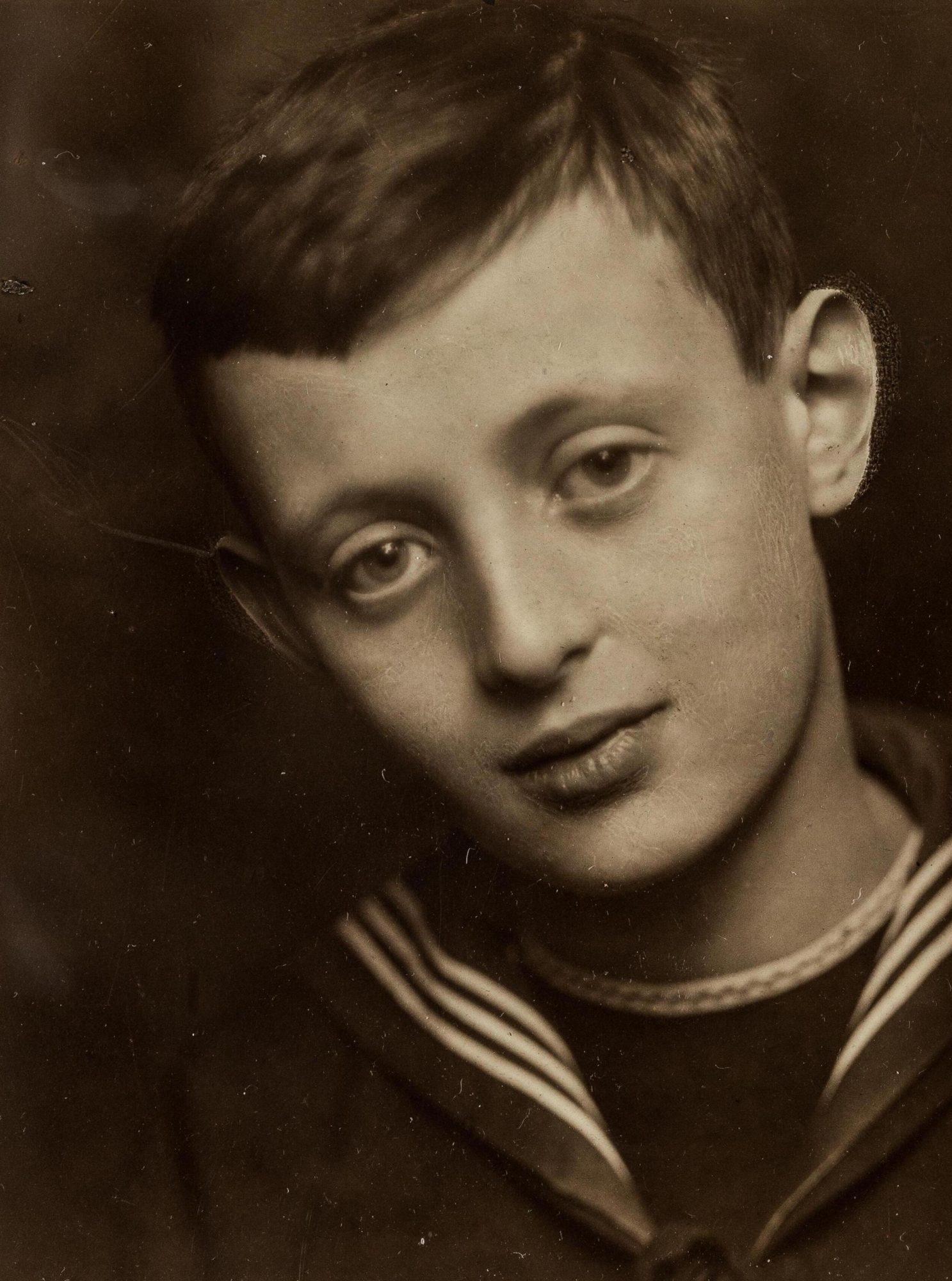 Hans, le fils aîné de Klein, enfant
